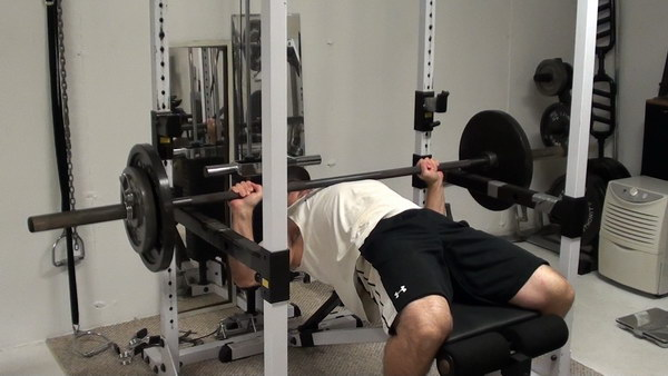 Chest Exercise Tip Bench Press More Weight With Leg Drive