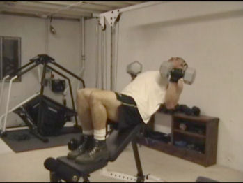 Incline Dumbell Curl